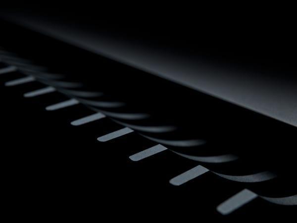 Edge-W detail